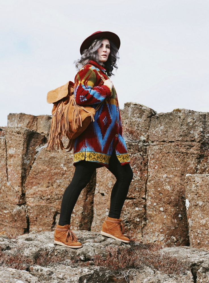 Fransenrucksack kombinieren, Wedge Sneakers, Outdoor Outfit, Like A Riot, Fashion Blog Iceland, Deutscher Mode Blog, Vintage Fashion, What to wear in Iceland, Hiking