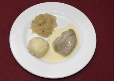 Das perfekte Eisbein sächsischer Art mit Klößen und Sauerkraut an feiner Meerrettichsoße (Rico Rex)-Rezept mit einfacher Schritt-für-Schritt-Anleitung:…