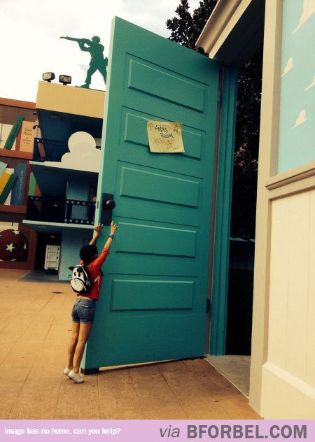Pixar Studio Lets You Feel Like The Toys In Andy's Room…
