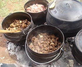 Different meat pots lamb, beef and chicken. www.onstravelclub... ◘ ◘ ◘ ◘ ◘ ◘ Ons Travel Club About | South Africa | Touring | Airport Shuttling | Day Trips | Weekend Breaks |
