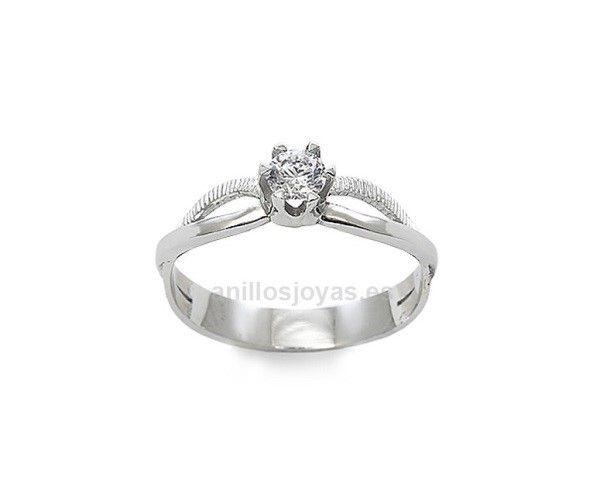 Anillo de Oro Blanco con diamantes Anillo de compromiso de oro blanco 18 quilates con diamantes. Peso: 3,10 gr Precio: 20,866.44 MXN
