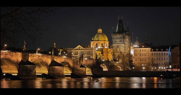Night Charles Bridge lll - null
