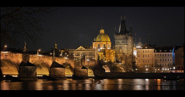 Night Charles Bridge lll - null