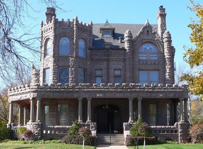 9. Peirce Mansion, Sioux City