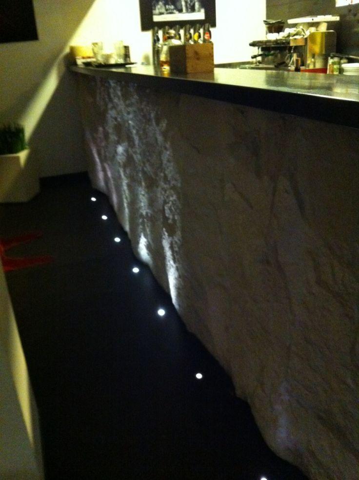 Bancone bar su Ristorante Vigonovo (pd) - http://www.achillegrassi.com/it/project/bancone-bar/