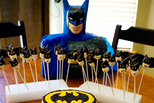 batman cakepops... Great Idea for Dad's birthday in February