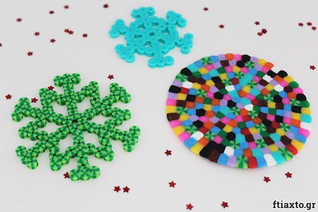Τα πιο πολύχρωμα στολίδια από πλαστικές χάντρες που λιώνουν για το χριστουγεννιάτικο δέντρο παρέα με τα παιδιά! Δες τις βήμα βήμα οδηγίες στο ftiaxto.gr