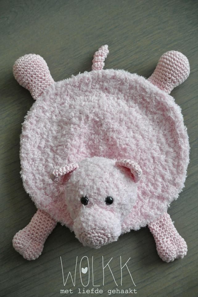 Varken Floris gehaakt door Karina Karzijn-Schipper #haken #haakpatroon #gehaakt #amigurumi #knuffel #gehaakt #crochet #häkeln #cutedutch