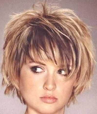Kurzhaarfrisuren Damen Feines Haar Rundes Gesicht Pony Frisur