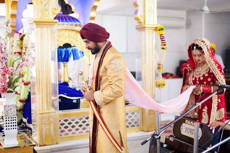 🎩 Photo by Creative Clicks, Thane #weddingnet #wedding #india#indian #indianwedding #prewedding #photoshoot#photoset #groom #wear #groomwear #sherwani#groomsmen #photographer #photography #inspiration#planner #organisation #invitations #details #sweet #cute#gorgeous #fabulous
