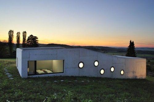 Haus Herrmann-Wenk Islikon: Concrete Architecture, Moo Giuliani, Giuliani Herrmann, Architecture 01, Neubau Einfamilienhaus, Modern Architecture, Architecture Inspiration, Herrmann Architekten, Architecture Exterior