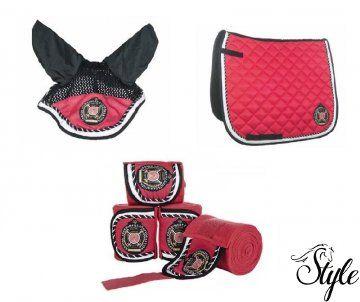 Pink Polo Classic szett nyeregalátéttel, fülvédővel, fáslival http://www.lovaswebaruhaz.hu/lovas_felszereles_reszletei/lofelszereles/Nyeregalatetek/Nyeregalatet_szettek/Pink_Polo_Classic_szett_nyeregalatettel_fulvedovel_faslival