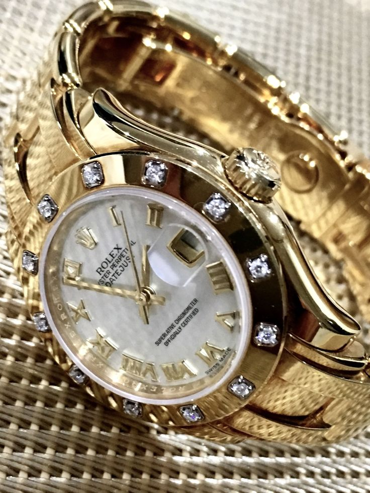 Rolex Ladies Datejust Pearlmaster. #yellow gold