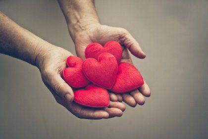 Terve parisuhde auttaa meitä kasvamaan. Se vahvistaa kehoamme ja mieltämme ja auttaa meitä tulemaan enemmän omaksi itseksemme.