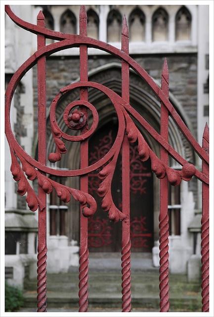 Red Gate ..rh