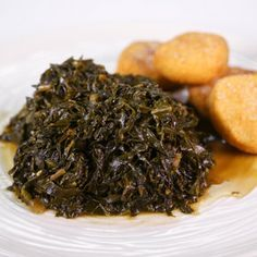 Country Greens   Carla Hall To try with Hot Water Cornbread http://abc.go.com/shows/the-chew/recipes/Hot-Water-Cornbread-Carla-Hall