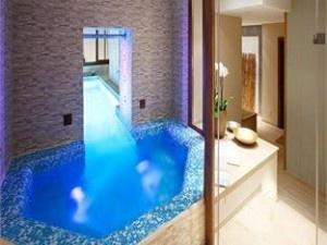 hotel kings court Prague facilities