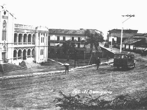 Antiguo Seminario. Aixamar LópezFOTOS ANTIGUAS SANTIAGO DE CALI