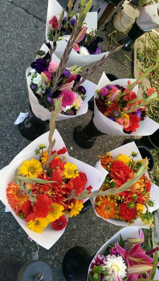 Fremont Sunday Flea Market 3401 Evanston Ave N Seattle, WA 98103