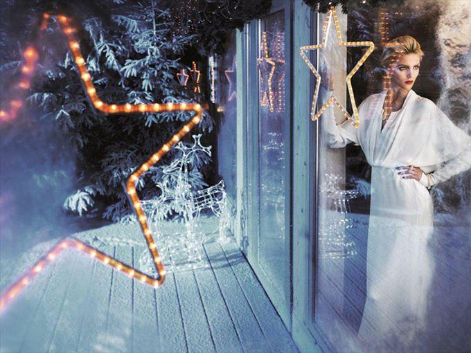 Аня Рубик и ее муж в рождественской кампании Apart