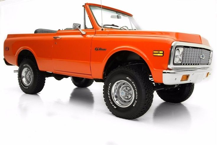 professional paint 1972 Chevrolet Blazer Black Top offroad