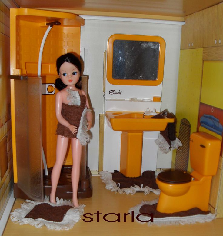 Image detail for -1970/80s Yellow Bathroom - Shower - Sindy. I had this set! The shower really pumped water :-)
