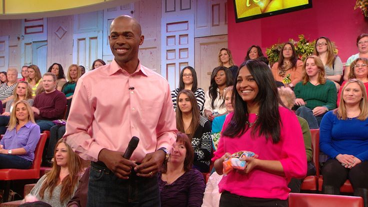 Dr. Ian Smith shows Rachael Ray''s audience how to make the healthiest snack choices....