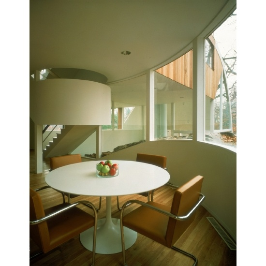 1000 images about mies van der rohe 39 s brno chair on for Design apartment udolni brno