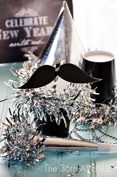 New Years DIY Party Decor and Favors - Printables included!