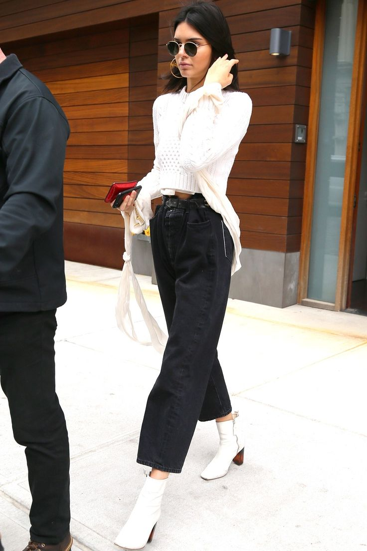 Can't let go of your black booties? This summer, give them a break by investing in a pair of white booties. Stay chic by pairing them with cropped jeans to elongate your legs.