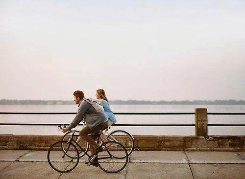 По настоящему самый близкий человек — это тот, который знает твое прошлое, верит в твое будущее, а сейчас принимает тебя таким, какой ты есть. Фридрих Ницше  http://psychologieshomo.ru