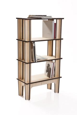 Con il suo disegno rigoroso, la libreria offre la possibilità di essere ampliata, smontata, e rimontata velocemente tramite dei semplici incastri.
