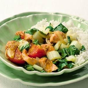 Recept - Thaise wokschotel met paksoi en zalm - Allerhande