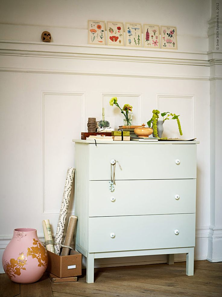 Love this easy Tarva hack. Mint green with porcelain knobs.