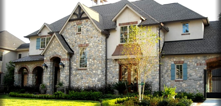 14 surprisingly brick with stone accents home building for Brick houses with stone accents