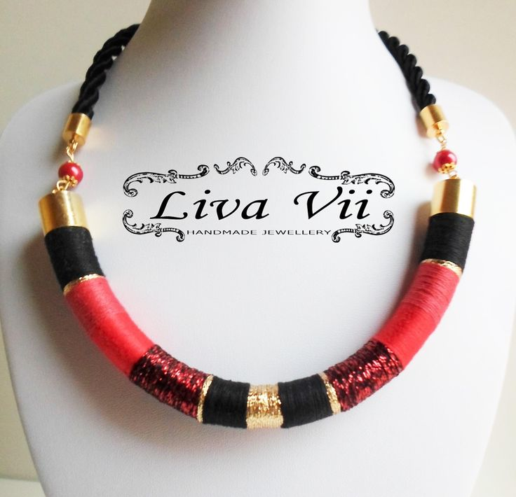 Liva Vii necklace red, gold, black✔ #livavii #red #black #gold #christmas #xmas #silk #yarn #necklace #handmadejewellry