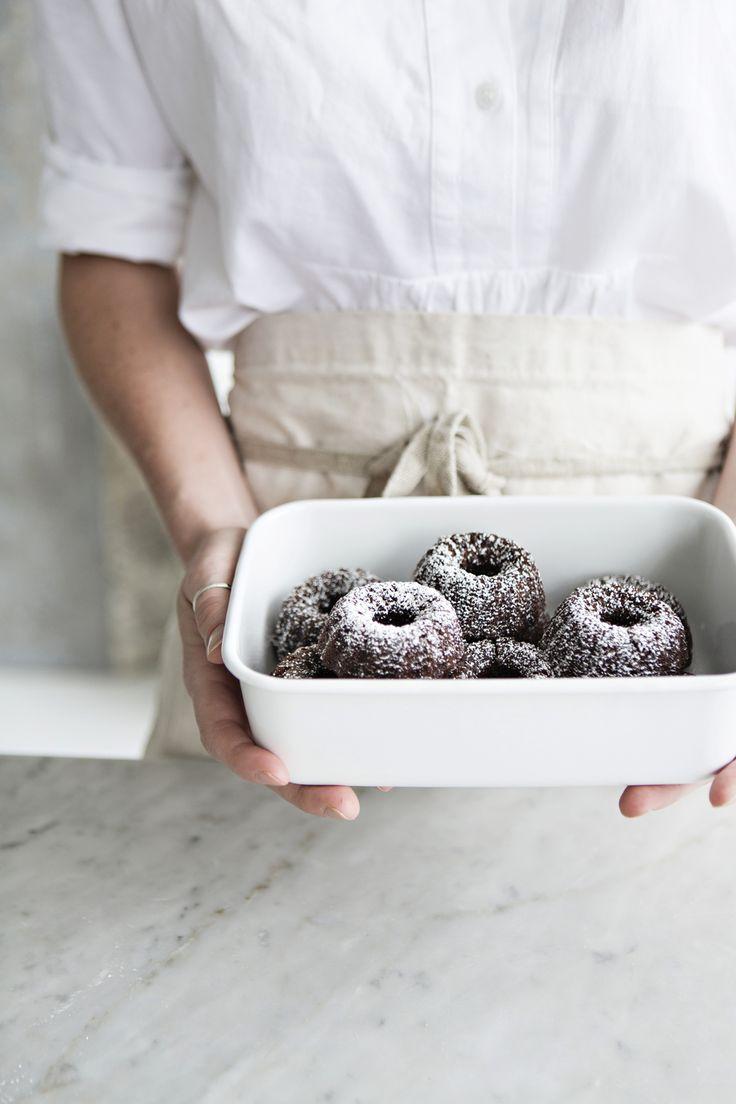 Little Vegan Chocolate Cakes from Sunday Suppers | Recipes + Gatherings   Recipe + Photo | Karen Mordechai