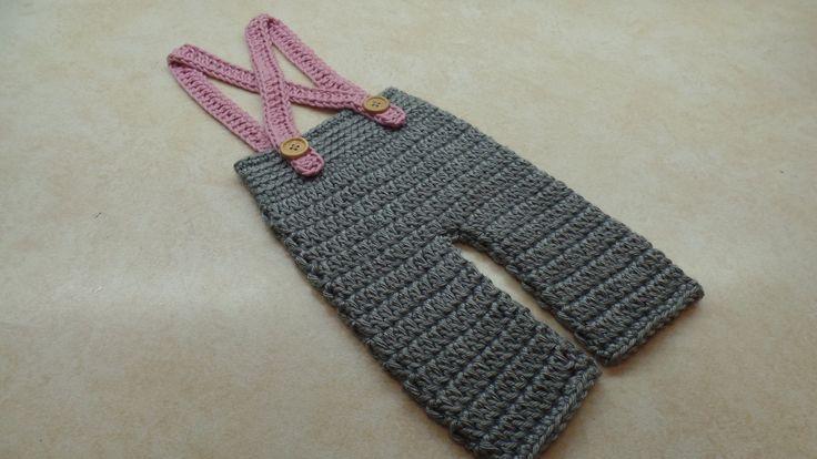 How To #Crochet Baby Pants Crochet Newborn Suspenders #TUTORIAL #313 https://www.youtube.com/watch?v=EnkRJZ1RJAs
