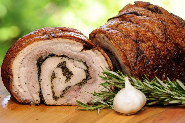 """""""Porchetta di Ariccia"""", è un prodotto Igp (Indicazione Geografica Protetta) di carne suina, prodotta e confezionata nella zona di Ariccia (Roma)."""