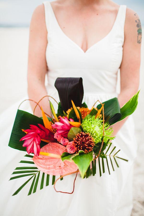 Floral Design: McKenzie Street Florist - Alabama Wedding at Rumor's Beach House by Mary Margaret Smith - via Snippet & Ink