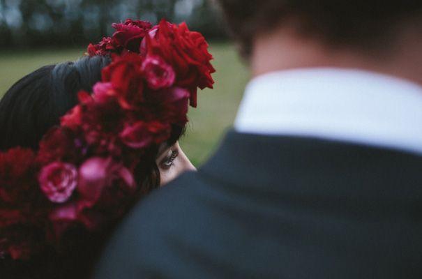 james-frost-red-roses-Mindaribba-House-wedding46