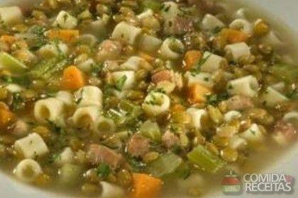 Receita de Sopa de lentilha com bacon em receitas de sopas e caldos, veja essa e outras receitas aqui!