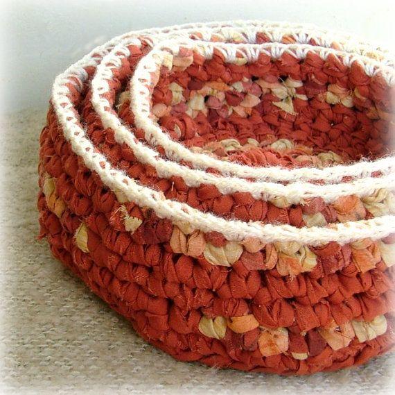 Crochet nidificação bacias conjunto de 3 upcycled por MammaEarthCreations