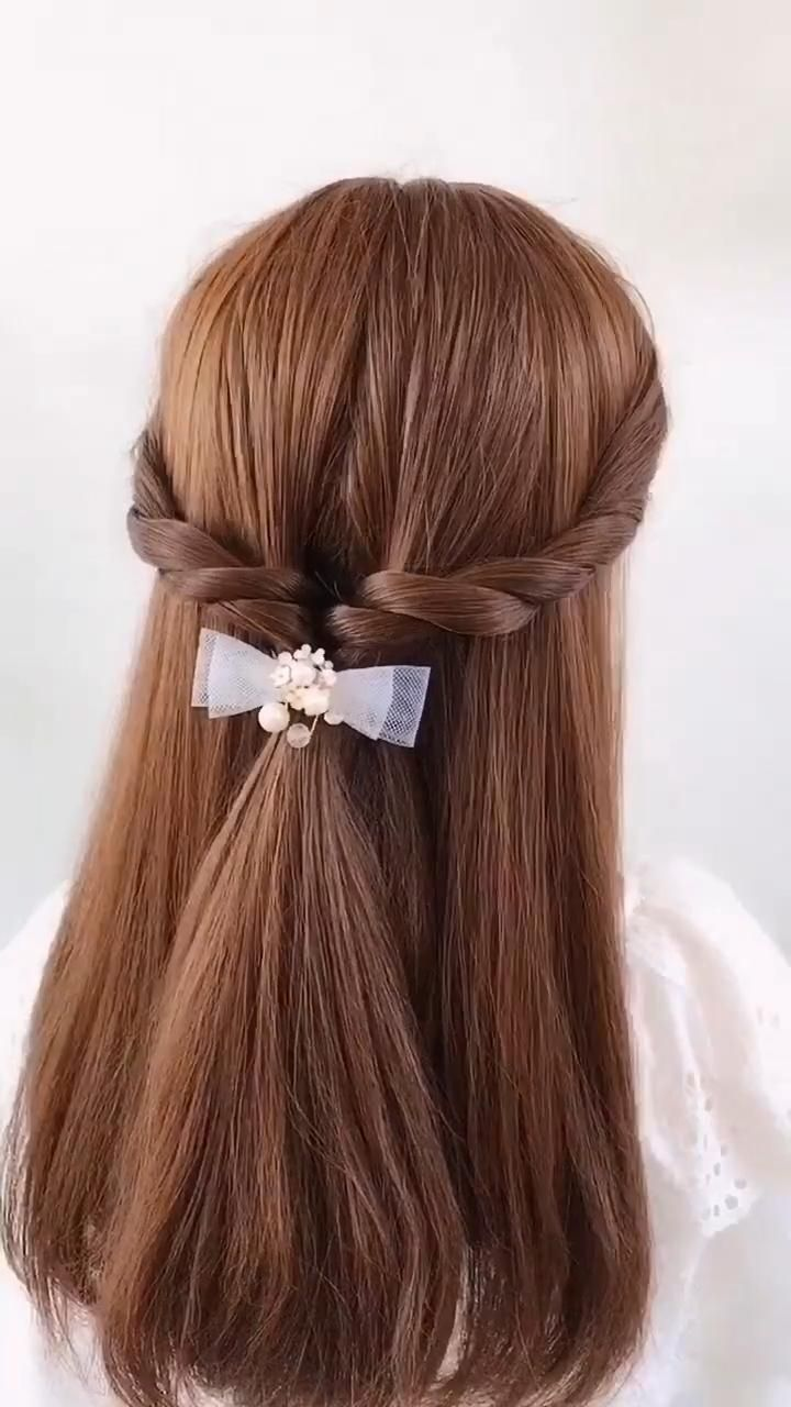 Simple Hairstyle Tutorial Fashion Hairstyle Scrunchies Hairstyles Simple Tutorial In 2020 Hair Styles Front Hair Styles Hair Tutorial