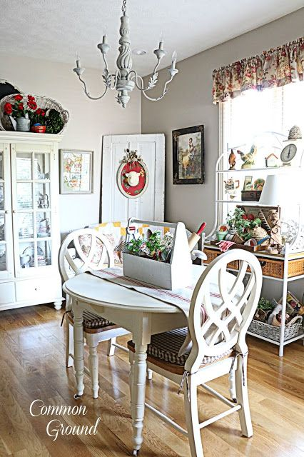 http://www.commonground-do.com/2015/08/late-summer-kitchen-sitting-area.html?utm_source=feedburner