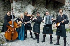 Glasbeniki Slovenije - najdi glasbenika za svoj dogodek, poslušaj slovensko glasbo, glasuj na glasbeni lestvici, napovednik dogodkov, marketing in promocija glasbenikov