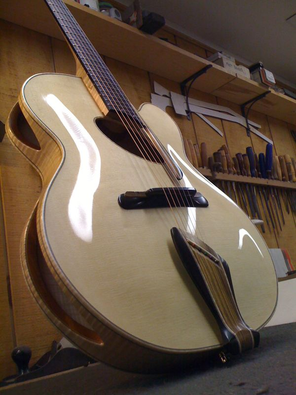 Mirabella Guitars : Custom Built Instruments, Parts and Restorations, Copiague, New York