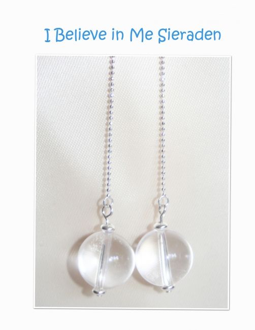 I Believe in Me Sieraden levert uit eigen atelier handgemaakte sieraden van edelstenen,  mineralen, parels en sterling zilver evenals onderdelen voor het maken van sieraden bijv. Lapis Lazuli, sodaliet, onyx, carneool, amazoniet, aquamarijn  en rozenkwart -