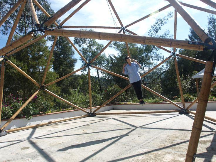 Geodesic dome in bamboo guadua by Geopues (Palakas+Ubik+TallerTortuga+AndrésWalker)