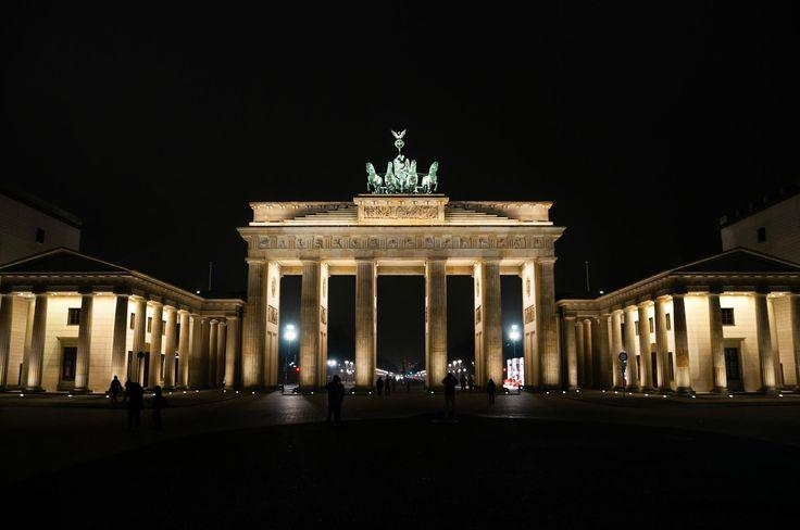 Πύλη του Βρανδεμβούργου (Βερολίνο, Γερμανία) - Κριτικές